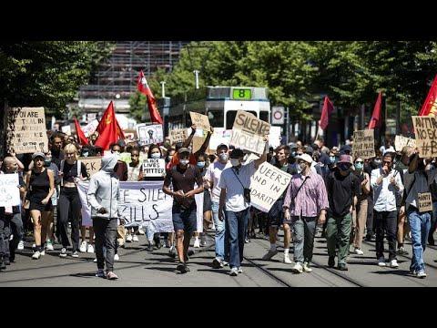 Ευρώπη: Πορείες για τον Τζόρτζ Φλόιντ