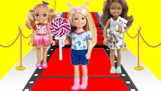 Соревнования в школе моделей! Челси в школе!  Барби мультик!