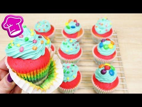 Regenbogen Cupcakes backen | bunte Cupcakes wunderschön & super lecker | M&Ms & Nerds | Birthday
