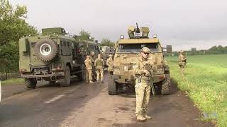 US Envoy Visits Ukraine Frontlines