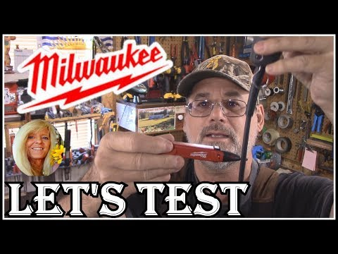 HOW TO USE A NON - CONTACT VOLTAGE TESTER - Milwaukee 2200-20 Voltage Detector