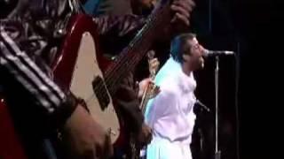 Oasis   Live Forever (Glastonbury 2004)