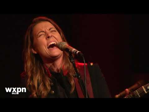"Brandi Carlile - ""Madman Across the Water"" (NON-COMM 2018)"