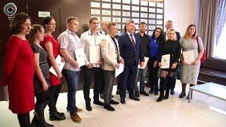 Ждали пять лет. В Новосибирске дети-сироты заключили договоры социального найма жилого помещения