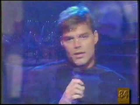 Ricky Martin - Perdido sin ti (actuación)