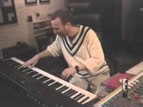 How the Seinfeld theme song was made