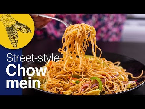 Chow mein-Calcutta-street-style-Durga Pujo Special-Kolkata Street Food-Indo Chinese