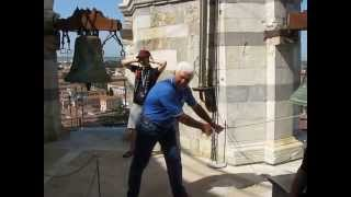 preview picture of video 'Scampanate sulla Torre di Pisa (V.02)'