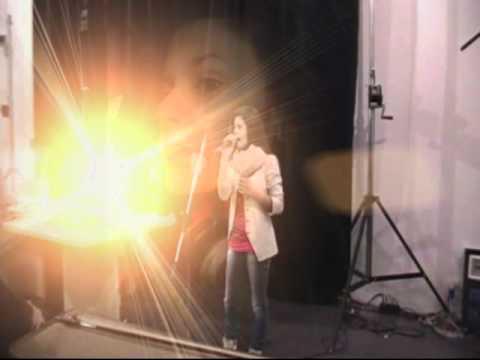 """Letizia Martino canta """"Mi sono innamorata di te"""" di L. Tenco"""