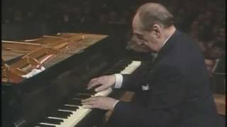 Gambar cover Vladimir Horowitz plays Chopin Polonaise in A flat Major, Op.53