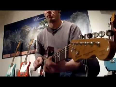 Guitar Pick 2