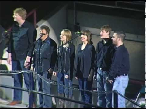 5280 A Cappella Sings National Anthem