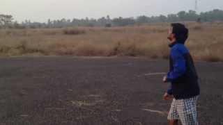 preview picture of video 'Kites festival!! kite flyer's : Abhishek Bagati,Nitin Dammu,Vivek Velumuruganat IIT Kharagpur.'