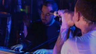 Linkin Park - Pushing Me Away (Piano) - Live In New York [2007-05-11] [HD]