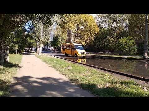 Опять прорыв канализации. Опять фекальные реки в городе Николаеве