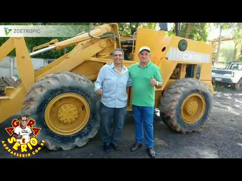 Prefeito Ayres Scorsatto e Irineu Machado Presidente da Câmara apresenta a conquista da Pá carregadeira