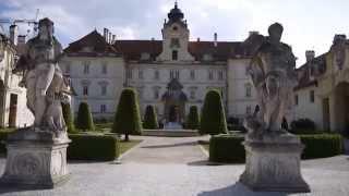 preview picture of video 'Lednicko-valtický areál: zámek Valtice'