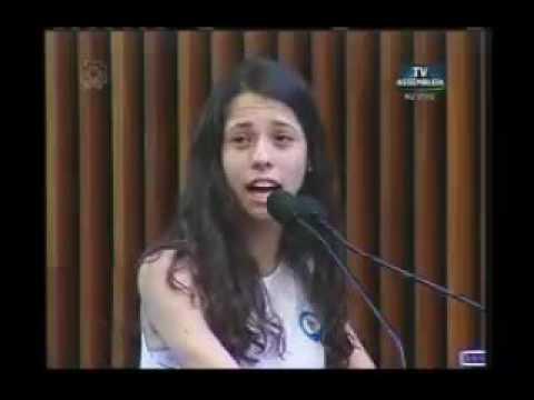 VÍDEO; DISCURSO COMOVENTE DE ALUNA DE 16 ANOS DEIXA DEPUTADO FURIOSO