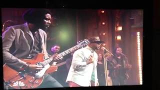 "The-Dream ft Gary Clark Jr at ""Late Night"" w Jimmy Fallon"