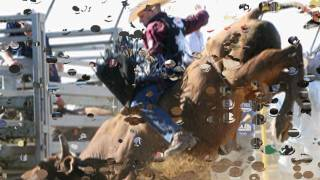 8 SECOND RIDE - CHRIS LEDOUX