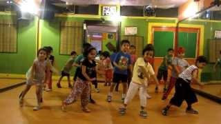 Naa Jaane Kahan Se Aaya Hai | I Me Aur Main | Step2Step Dance Studio