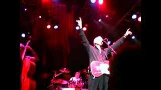 "Mark Knopfler ""Walk of Life"" 2005-05-30 London"