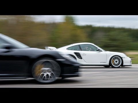 porsche 911 gt2 rs vs 911 turbo s airfield drag race is. Black Bedroom Furniture Sets. Home Design Ideas