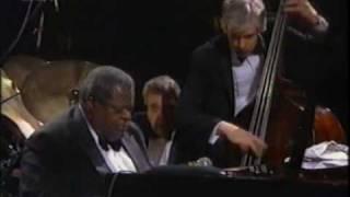 "Oscar Peterson Trio - ""Satin Doll"" - 1989"