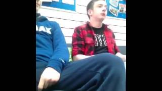 Guy with tourettes has a chat with the police! Very funny!