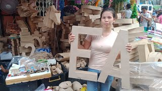 Letter Stand And Native Crafts In M.De Santos St./Divisoria