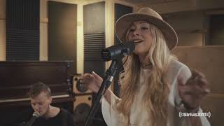 Madeline Merlo performs a 'Heart Of The Matter' cover LIVE with SiriusXM Country