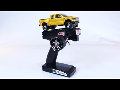 Crawler Climbing Course | World\'s Smallest RC Pick-Up Truck