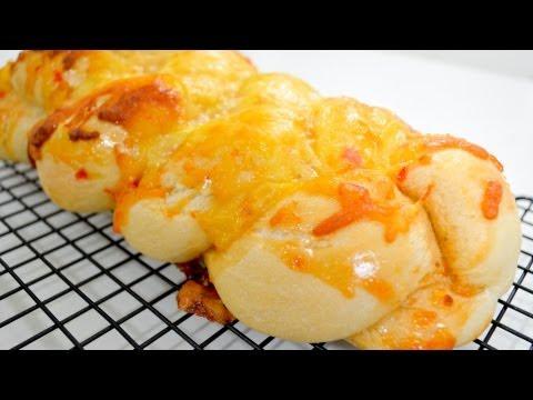 Cheesy Sweet Chili Plait Bread – Recipe Video