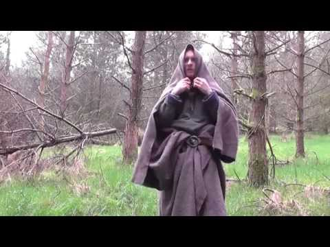 10 things to do with a wool blanket #4 make a coat/cloak