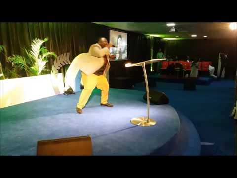 Yabo Zaga Zuchiya   Solomon Lange live at Rock of Ages Christian Assembly Int'l Inc Abuja, Nigeria