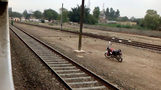 preview picture of video 'Tezgam Train Speed 20-120 | ZCU 6329 | Full Throttle Locomotive | Pakistan Railways'