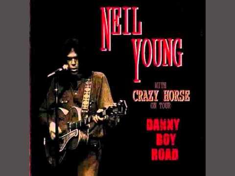 NEIL YOUNG : CINCINNATI 1970 : ON THE WAY HOME .