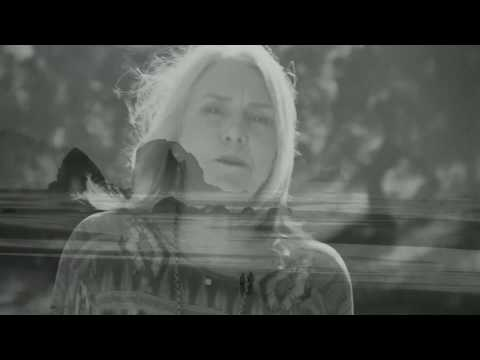 Pegi Young präsentiert Broken Arrow Ranch in neuem Video ...