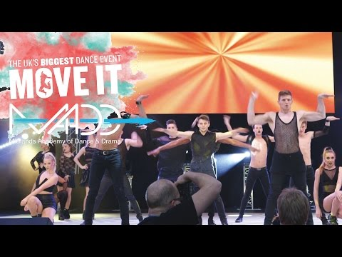 Move It 2015 Main Stage Madd College – Joie de Vie – Sue Sparham