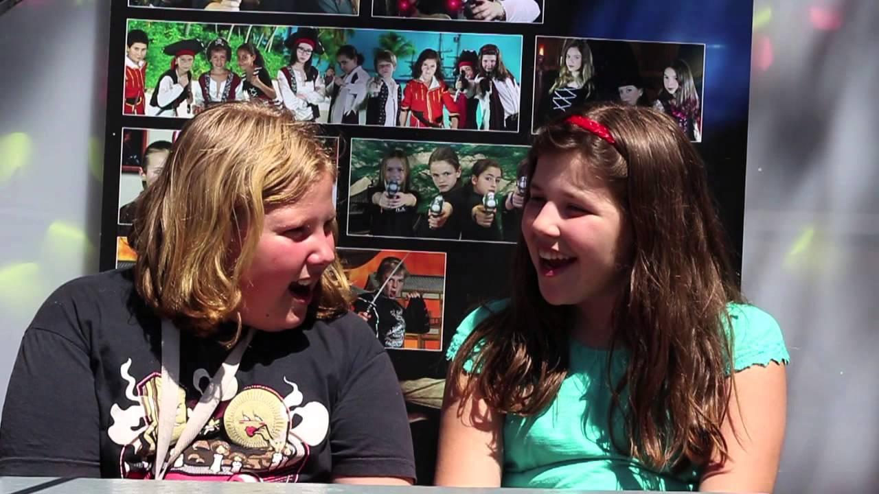 Entrevistas con los Kids in Black - Teresa entrevista a Elisa.