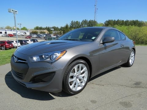 2013 Hyundai Genesis Coupe 2.0T Start Up, Exhaust, and In Depth Review