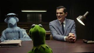 """Canción de Interrogatorio /Interrogation Song/ HD Latino """"Muppets Most Wanted"""""""