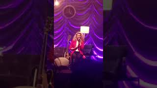 "Tori Kelly ""Sorry Would Go A Long Way"""