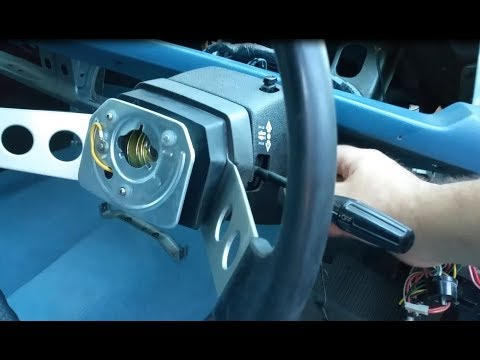 Mitsubishi Sigma14 - Steering Column and More.