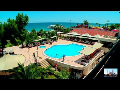 Пляж у отеля Aqua Bella Beach. Кемер, Турция