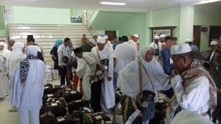 Jemaah Haji Ambil Langsung Tas Jinjing dan Air Zamzam
