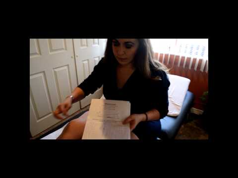 Masaje de vídeo para la displasia de cadera en los recién nacidos