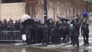 Anti-fascists, '3 Percenters' clash at Seattle protest