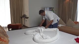 Housekeeping Tips: How To Create Towel Art