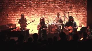 """Angus & Julia Stone - """"Bella"""" - Café de la Danse (Paris / FRANCE) 08.05.10"""